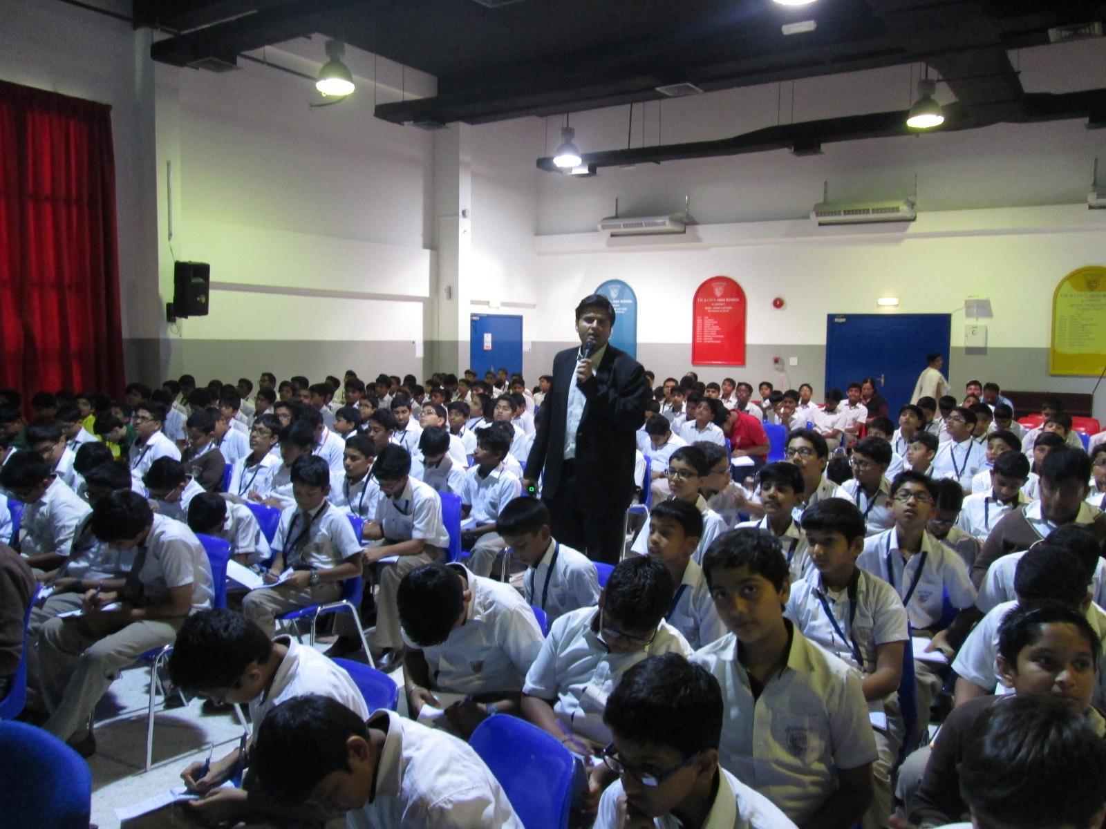 Offering workshops in English, Hindi, Gujarati, Marathi and Urdu Languages