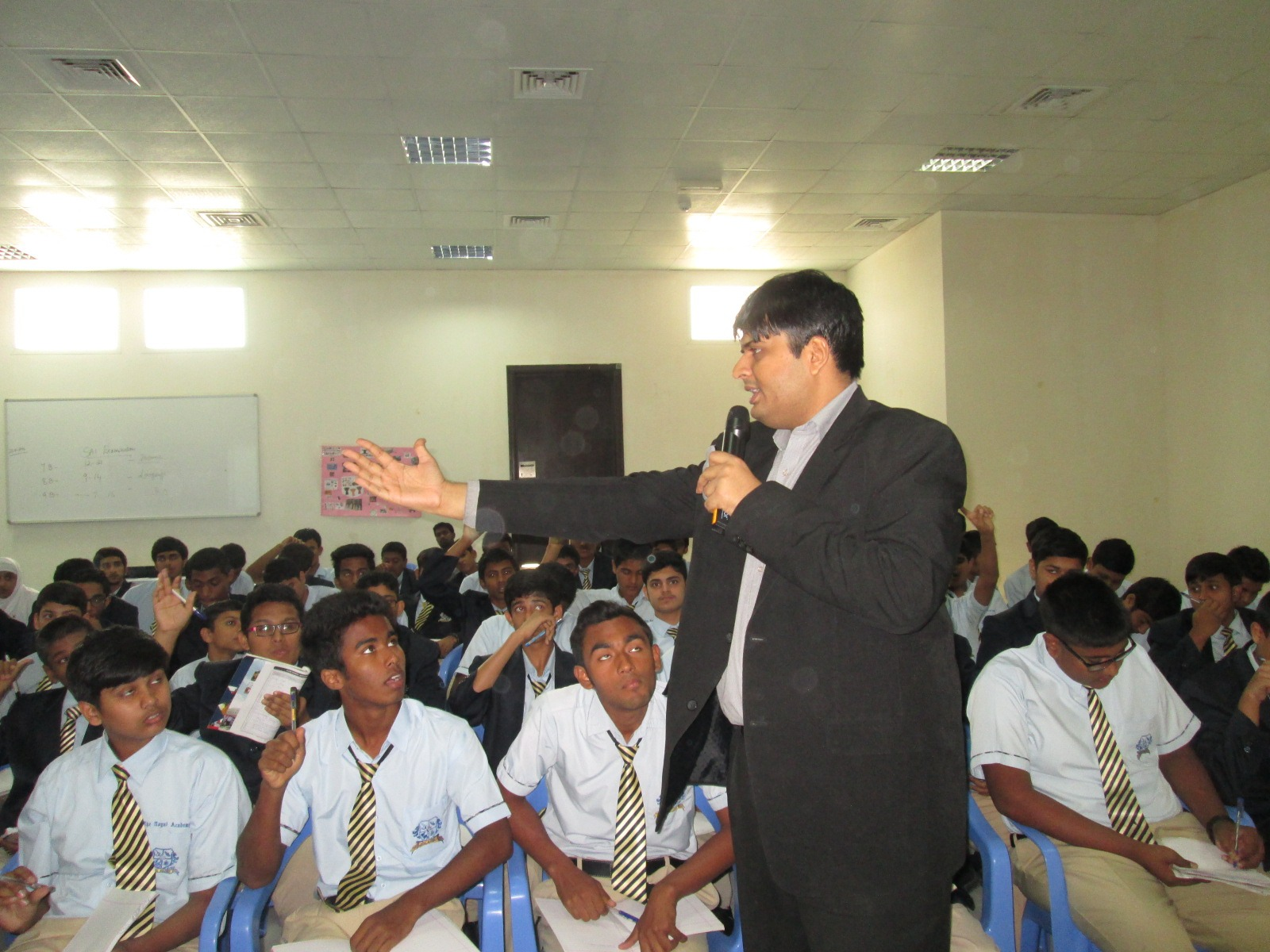 Dhaval Bathia with students (2)