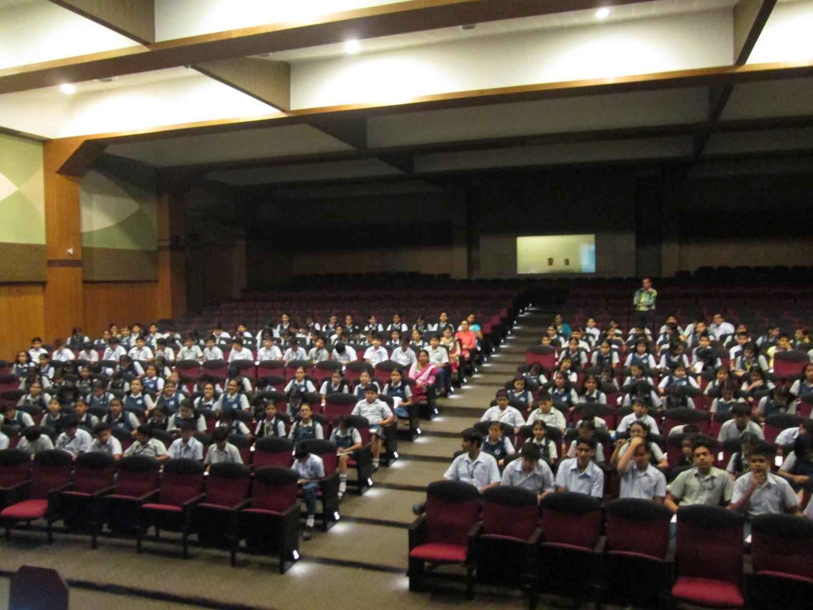 Sadhu Vaswani International School Vashi (1)