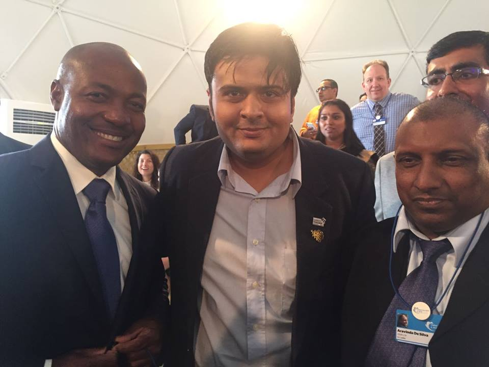 Cricketers Brian Lara and Aravinda De Silva